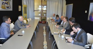 Reunión con vecinos y autoridades de la CONEA con el Intendente Municipal.