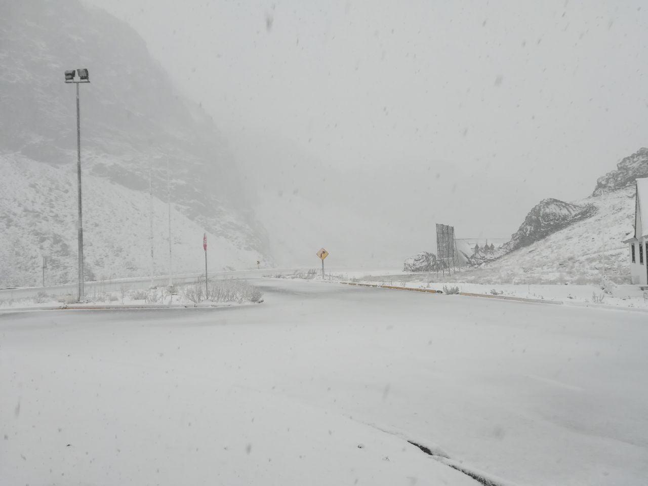 Cierran el paso Pehuenche por nevadas