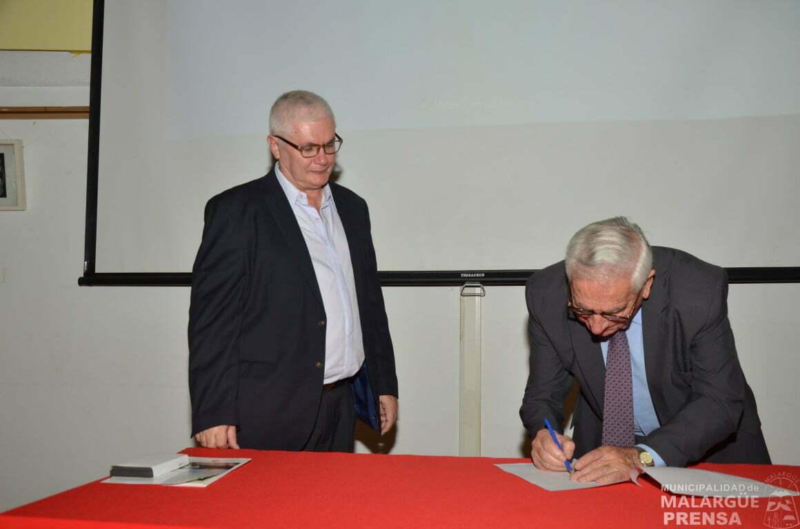 La Municipalidad firmó un importante convenio con la Red Argentina de Municipios